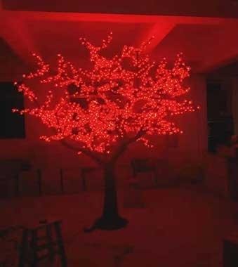 LED樱花树灯塑造浓厚节日氛围